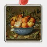 Todavía vida con los naranjas y los limones ornamento para arbol de navidad