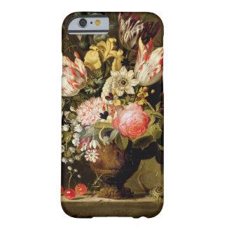Todavía vida de flores en un florero con un funda para iPhone 6 barely there