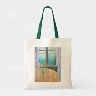 Todavía vida en ventana con la camelia 2012 bolsa tela barata
