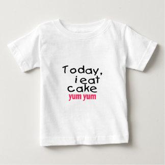 Today I Eat Cake Yum Yum (pink) Baby T-Shirt