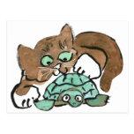 Todd el gatito de Brown encuentra una tortuga Tarjetas Postales