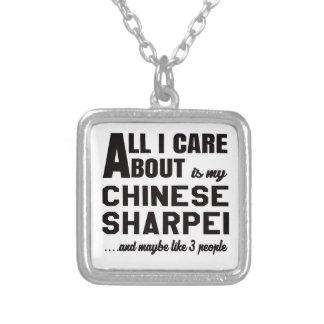 Todo cuidado de i es alrededor mi Shar-pei. chino Colgante Cuadrado