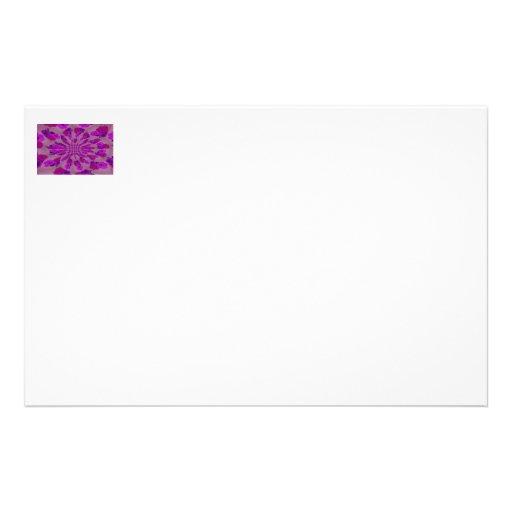 Todo el modelo púrpura de la explosión de un solo  papelería de diseño