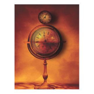 Todo el tiempo en el globo del reloj de Steampunk Tarjetas Postales