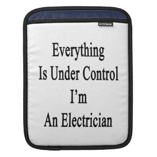 Todo está bajo control que soy electricista fundas para iPads
