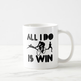 Todo lo que lo hago es triunfo en el Triathlon Taza Básica Blanca