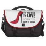 Todo lo que usted necesita es amor bolsas para portátil