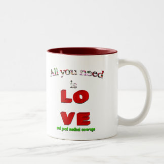 Todo lo que usted necesita es amor… taza dos tonos