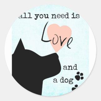 todo lo que usted necesita es amor y un pitbull pegatina redonda
