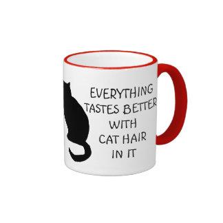 Todo prueba mejor con la taza del pelo del gato