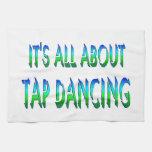 Todo sobre el baile de golpecito toallas de mano