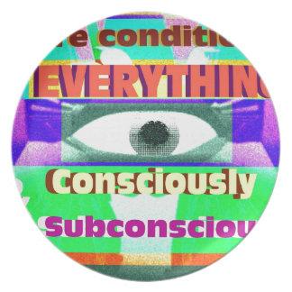 Todo subconsciente nos condicionamos platos de comidas