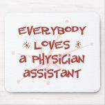 Todos ama a un ayudante del médico tapete de ratón