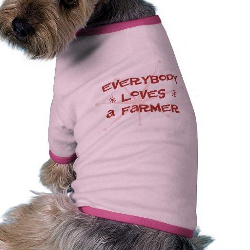 Todos ama a un granjero camiseta con mangas para perro