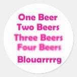 Todos ama la cerveza pegatina redonda