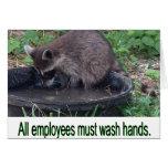 Todos los empleados deben lavar las manos tarjeton