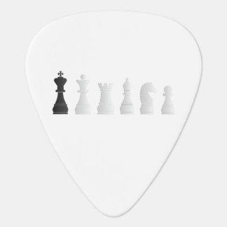 Todos los pedazos de un ajedrez negros blancos plectro