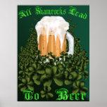 Todos los tréboles llevan al poster de la cerveza