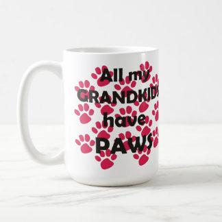 Todos mis Grandkids tienen patas Taza De Café