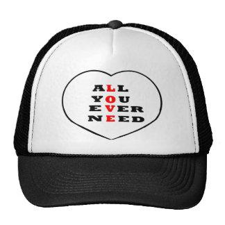 Todos usted necesita nunca amor, en un corazón, gorros