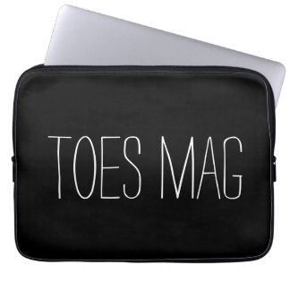 Toes Mag Laptop Sleeve
