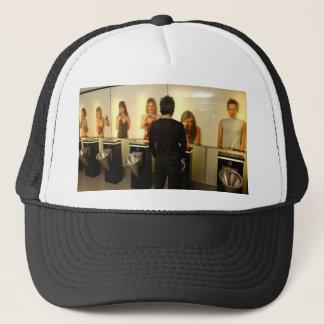 toile trucker hat