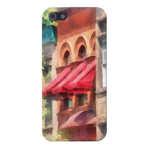Toldos rojos en la arenisca de color oscuro Hoboke iPhone 5 Funda