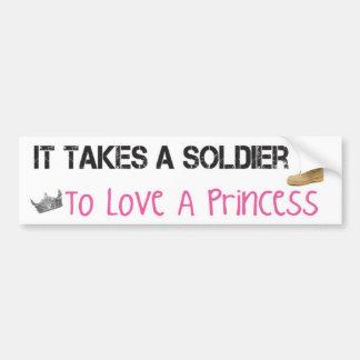 Toma a un soldado para amar a una princesa pegatina para auto