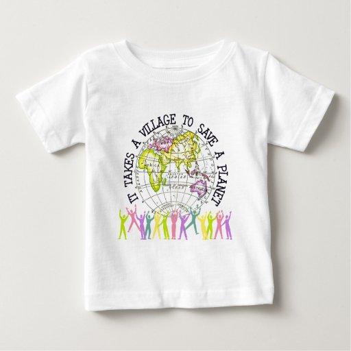 Toma una camiseta del bebé del pueblo playera