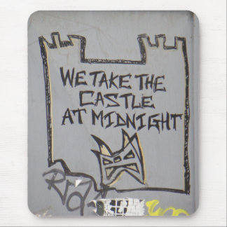 Tomamos el castillo en la medianoche alfombrillas de ratones