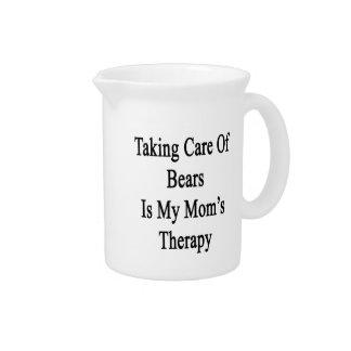 Tomar el cuidado de osos es la terapia de mi mamá jarras