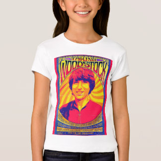 Tomar la camiseta del niño de Woodstock
