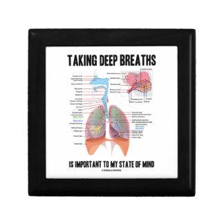 Tomar las respiraciones profundas es importante caja de regalo cuadrada pequeña