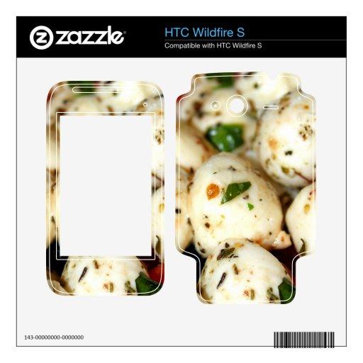 Tomate de cereza y ensalada de la mozzarella calcomanía para HTC wildfire s