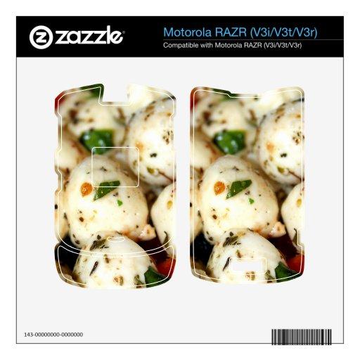 Tomate de cereza y ensalada de la mozzarella calcomanías para motorola RAZR