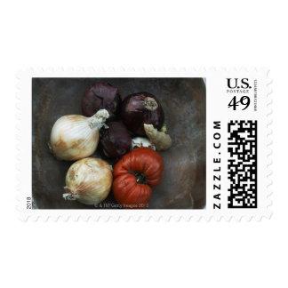 Tomate de la herencia, cebolla amarilla, cebolla sellos postales