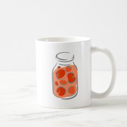Tomates sacudidos guisados taza de café