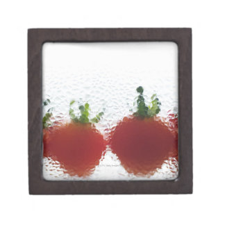 Tomatoes in water gift box