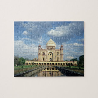 Tomb of Sardar Jang, Nawab of Oudh and Prime Minis Puzzle