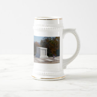 Tomb of the Unknown Soldier Arlington 18 Oz Beer Stein