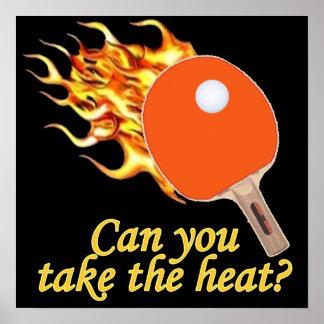 Tome a calor el ping-pong llameante póster