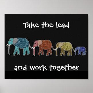 Tome a elefantes de la ventaja el poster de motiva