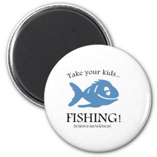 ¡Tome a sus niños la pesca! Imán De Frigorífico