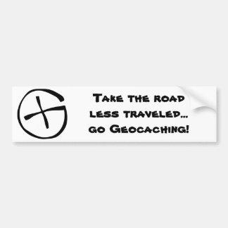 ¡Tome el camino viajó menos… van Geocaching! Pegatina Para Auto