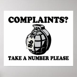 Tome una granada de mano del número póster