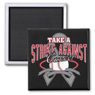 Tome una huelga contra cáncer de cerebro imán cuadrado
