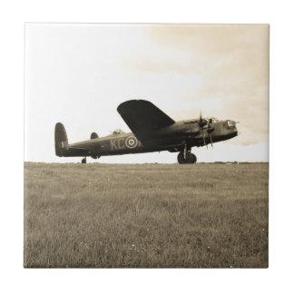 Tono de la sepia del bombardero de Lancaster Azulejo Cuadrado Pequeño