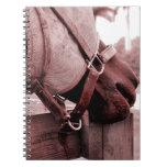 tono rojo marrón del nom del nom del caballo libros de apuntes