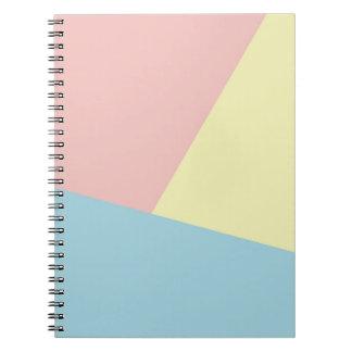 Tonos triádicos - cuaderno moderno de la foto del