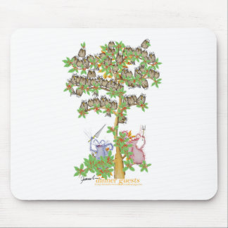 tony fernandes's dinner guests mouse pad